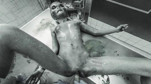 xvirtual alien sex scene