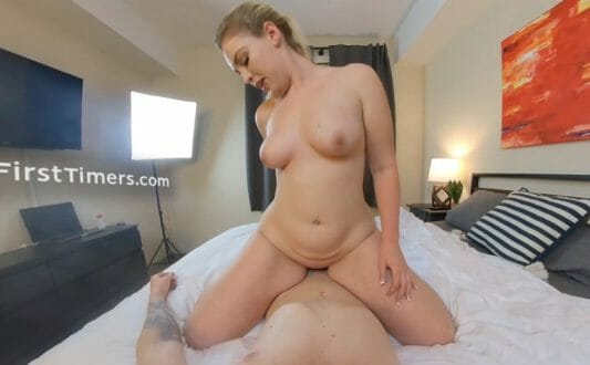 VRFirstTimers natural curvy blonde